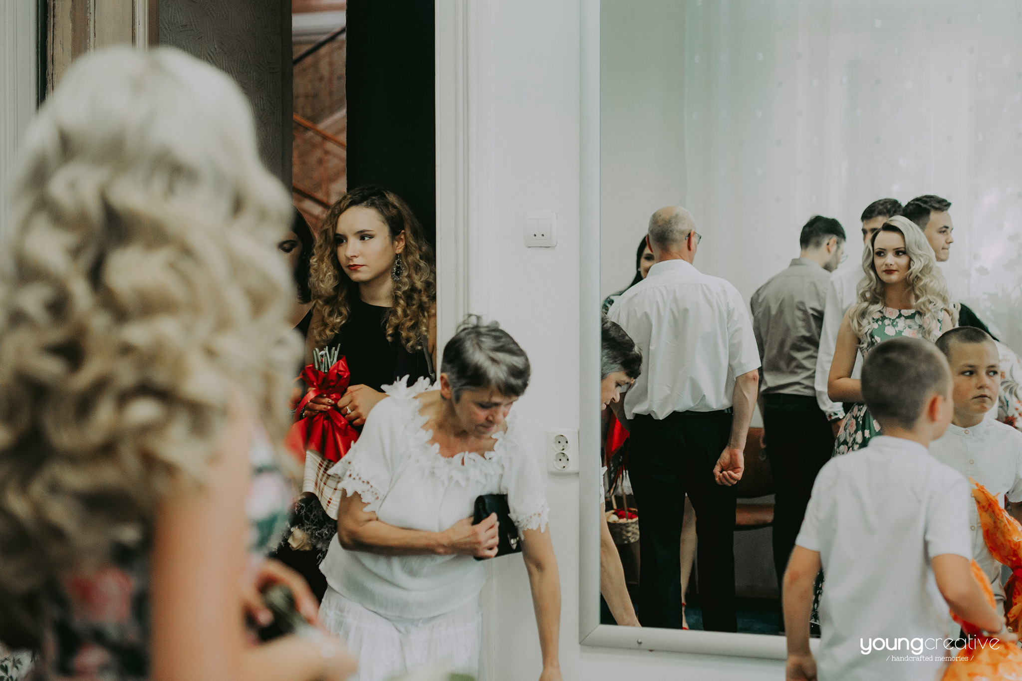Larisa & Laurentiu | youngcreative.info media © Dan Filipciuc, Cristina Bejan | fotografie de nunta Iasi