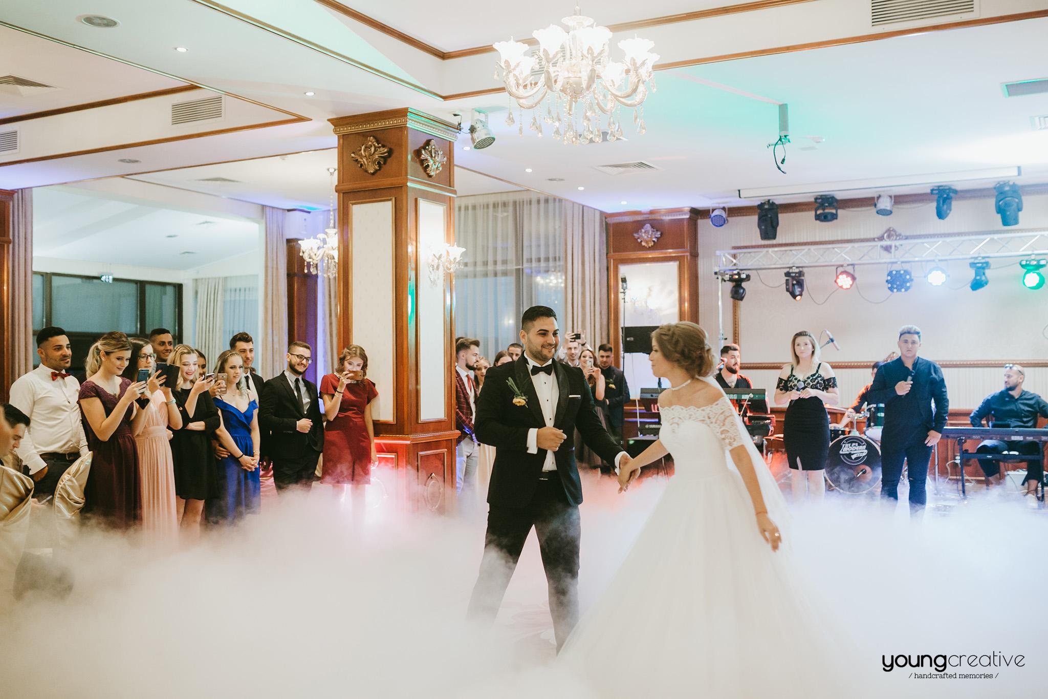 Florut & Nicoleta | youngcreative.info media © Dan Filipciuc, Cristina Bejan | fotografie de nunta Iasi