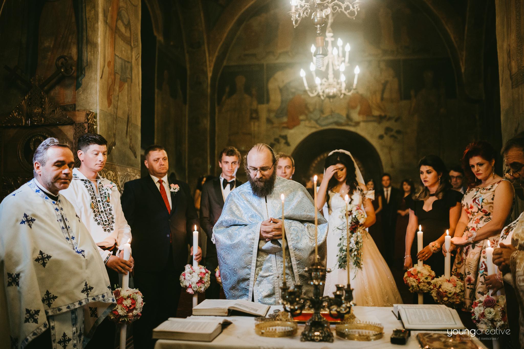 Victorita & Mihai | youngcreative.info media © Dan Filipciuc, Cristina Bejan | fotografie de nunta Suceava