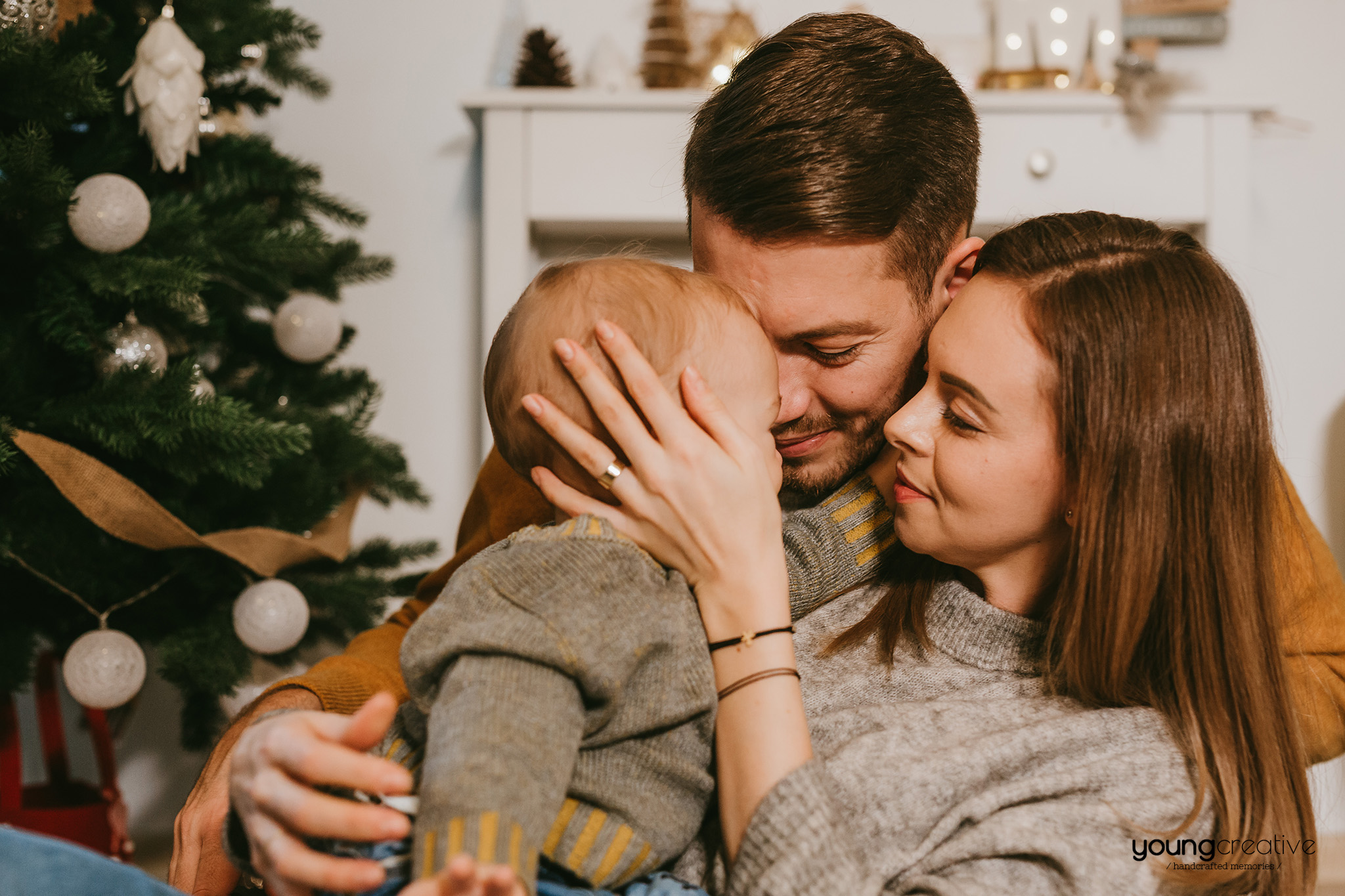 Christmas memories | youngcreative.info media © Dan Filipciuc, Cristina Bejan | fotografie de familie Iasi