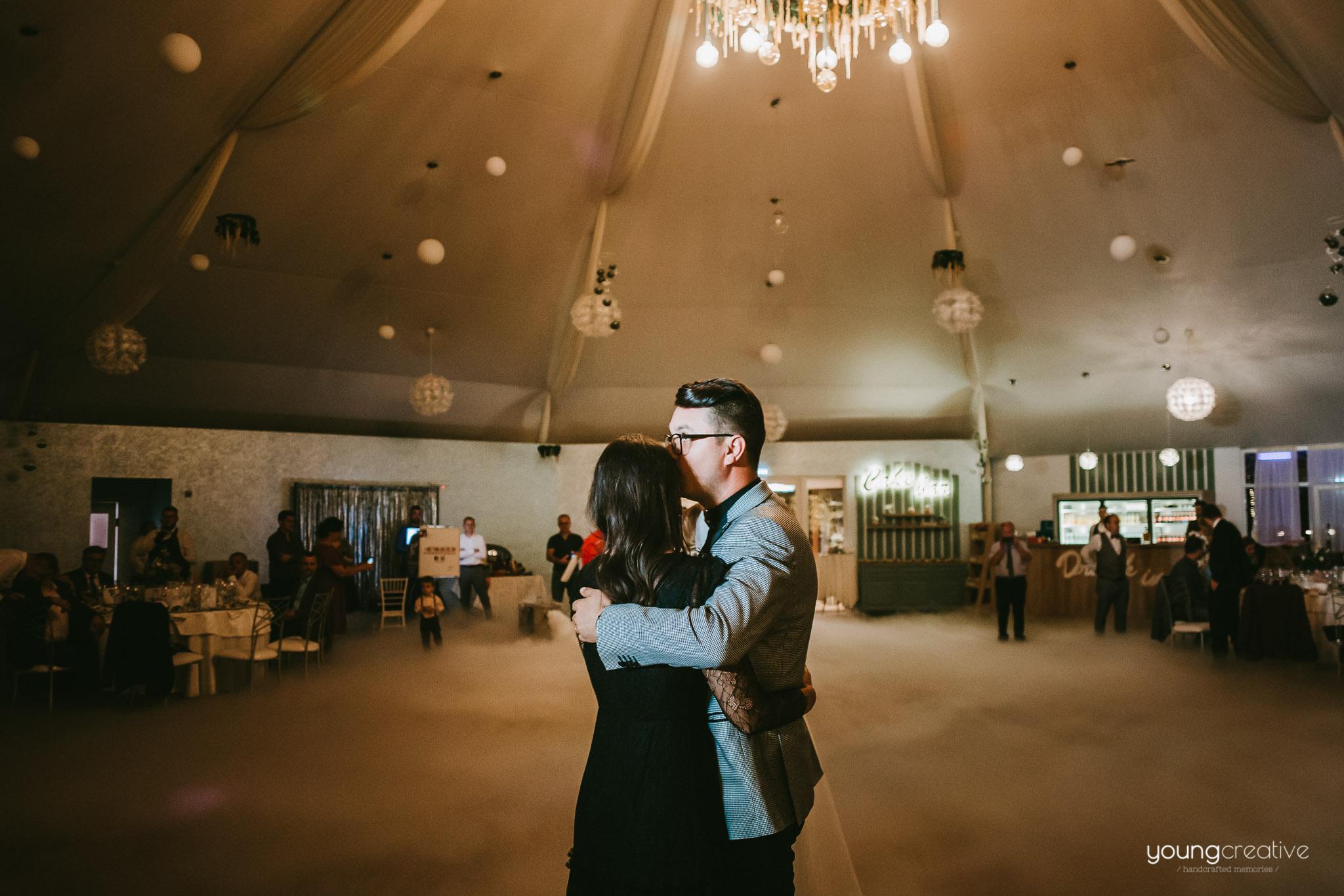 Iulia & Lucian | youngcreative.info media © Dan Filipciuc, Cristina Bejan | fotograf nunta Iasi